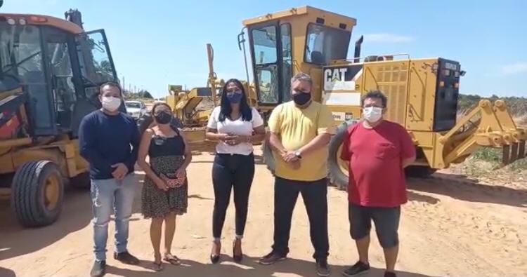 Prefeitura inicia serviços de terraplanagem nas vias do distrito Santa Cecília/Sumaúma